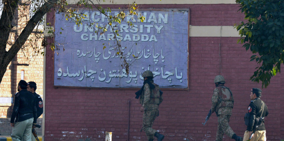 Pakistani army soldiers take part in search operation at the Bacha Khan University following an attack by militants on 20 January 2016.